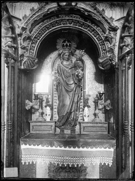 Catedral-Imagen de la Virgen de la Estrella en su altar_CA-0302-VI