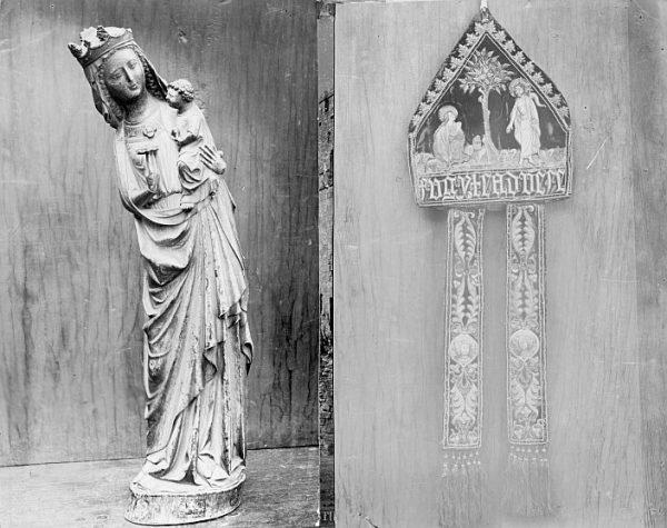 Catedral-Imágenes de la Virgen con el niño de marfil y de la Mitra de Cisneros_CA-0307-PA