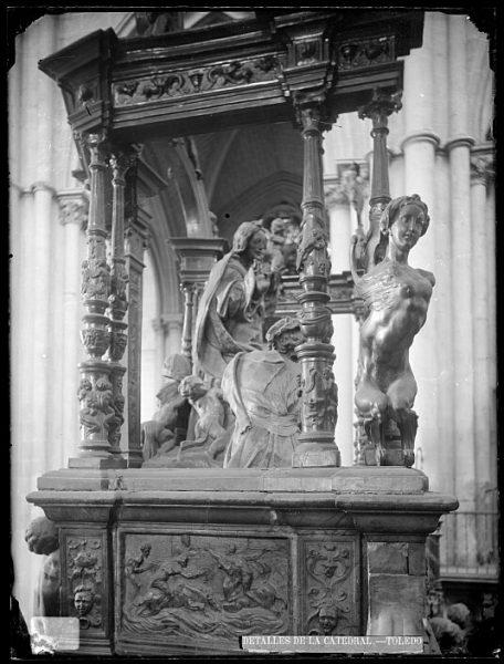 Catedral-Interior del coro con detalle de la Transfiguración del Señor en el Monte Tabor de Alonso de Berruguete_CA-0122-VI