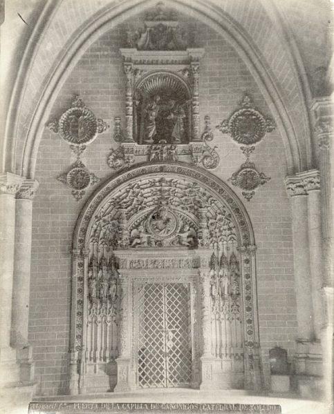 Catedral-Puerta de la capilla de los Canónigos_CA-0052-PA