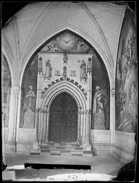 Catedral-Puerta de la capilla de San Blas en el claustro_CA-0103-VI