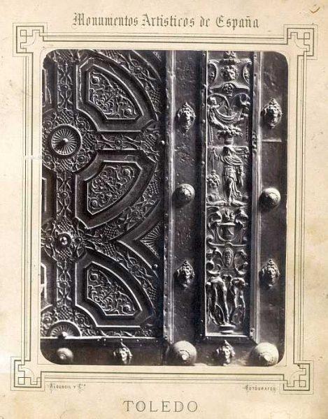 Catedral-Puerta de la Feria o del Reloj - Detalle-Colección Luis Alba_LA-432059-PA