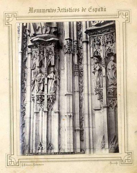 Catedral-Puerta de los Leones - Detalle-Colección Luis Alba_LA-232005-PA