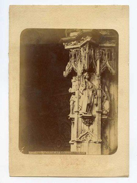 Catedral-Puerta de los Leones - Detalle-Colección Luis Alba_LA-434050-PA