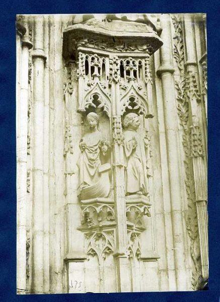 Catedral-Puerta de los Leones - Detalle-Colección Luis Alba_LA-635038-PA