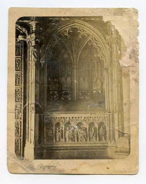 Catedral-Puerta de los Leones - Interior-Colección Luis Alba_LA-134048-PA
