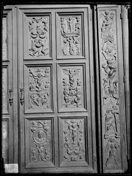 Catedral-Puerta de un armario en la Antesala Capitular_CA-0250-VI