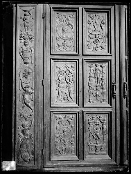 Catedral-Puerta de un armario en la Antesala Capitular_CA-0251-VI