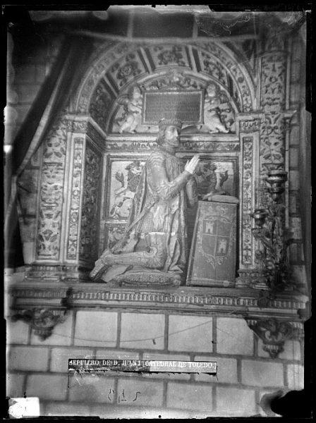 Catedral-Sepulcro de Don Juan I en la Capilla de Reyes Nuevos_CA-0093-VI