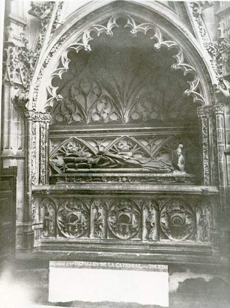 Catedral-Sepulcro del arzobispo D Juan de Cerezuela en la capilla de D Álvaro de Luna_CA-0293-PA