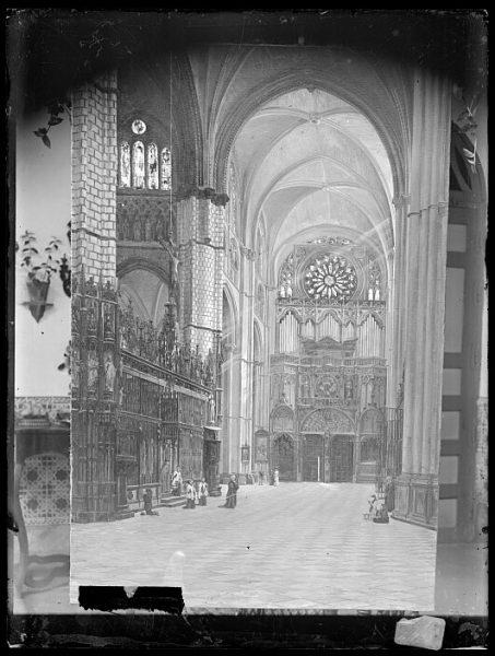 Catedral-Vista del crucero frente al órgano del Emperador_CA-0180-VI