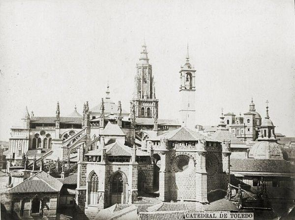 Catedral-Vista exterior con la Torre del Reloj_CA-0305-PA