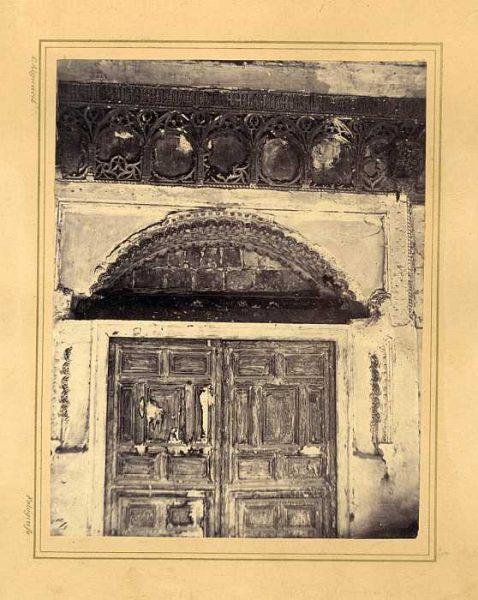 LA-132070-PA_Palacio de los Condes de Fuensalida-Puerta interior-Colección Luis Alba