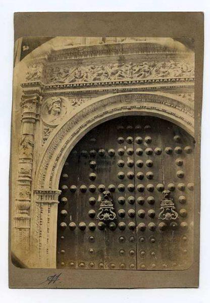 LA-134086-PA_Convento de San Clemente-Detalle de la Puerta-Colección Luis Alba