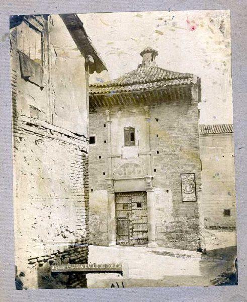 LA-235052-PA_Palacio del rey don Pedro I en la plaza de Santa Isabel-Portada-Colección Luis Alba