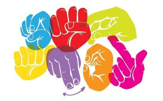 http://www.toledo.es/wp-content/uploads/2017/02/lengua_de_signos_espanola.jpg. Curso el proceso emocional en las familias de niños con discapacidad auditiva y comunicación en lengua de signos básica.