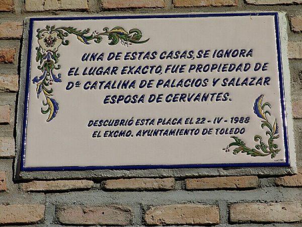 Placa en la Plaza del Andaque 1