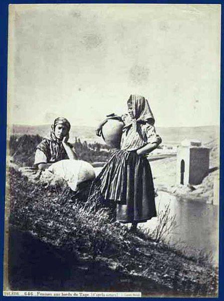 01-LAURENT - 0646 - Femmes aux bords du Tage