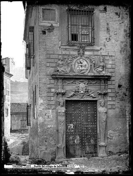 01-LAURENT - 1777 - Puerta del colegio de Infantes