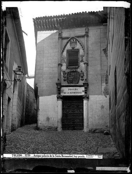 01-LAURENT - 1779 - Antiguo palacio de la Santa Hermandad, hoy posada