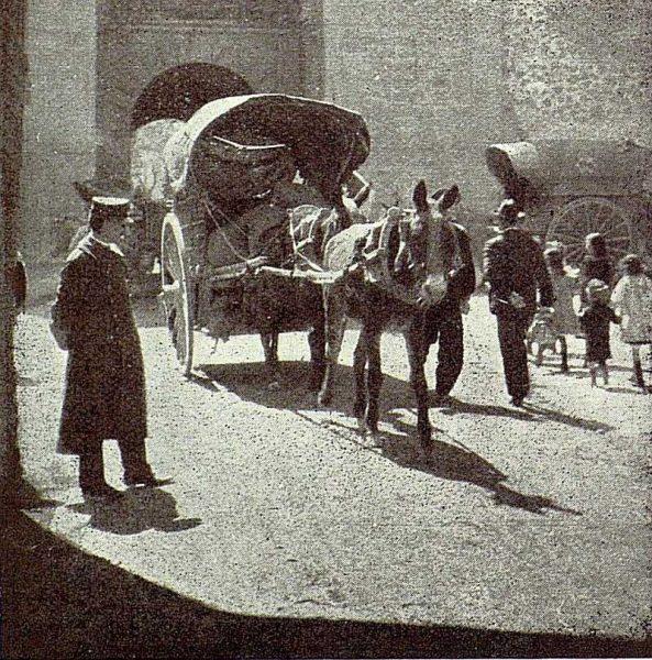 03-TRA-1926-228 - [Interior de la Puerta de Bisagra]