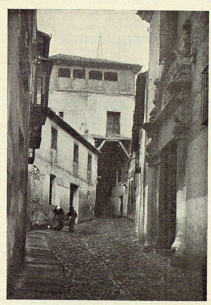 05-TRA-1924-212 - Cobertizo del Colegio de Doncellas