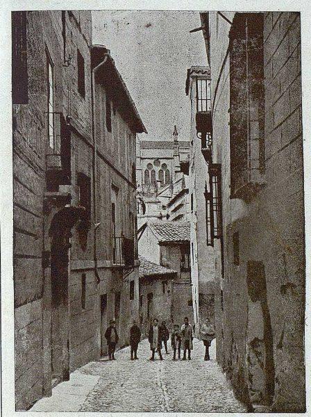 08-TRA-1920-141 - Calle del Locum