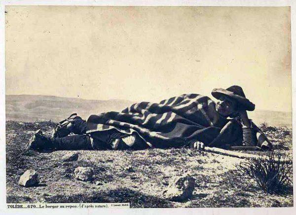 10-LAURENT - 0670 - Le berger au repos