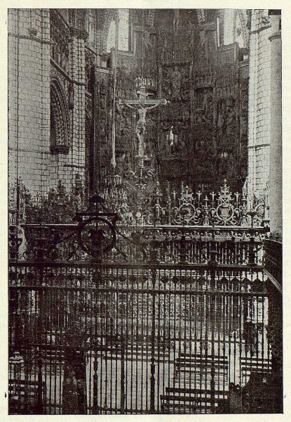 10-TRA-1923-198 - Catedral, Capilla Mayor