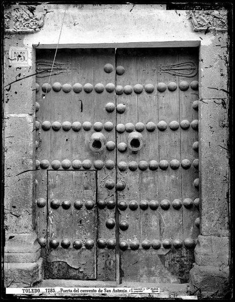 12-LAURENT - 1783 - Puerta del convento de San Antonio