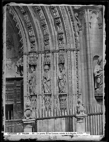 14-LAURENT - 0021 - Catedral de Toledo_La puerta de los Leones, costado de la derecha
