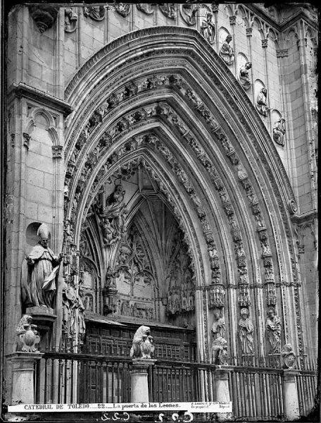 15-LAURENT - 0022 - Catedral de Toledo_La puerta de los Leones_1
