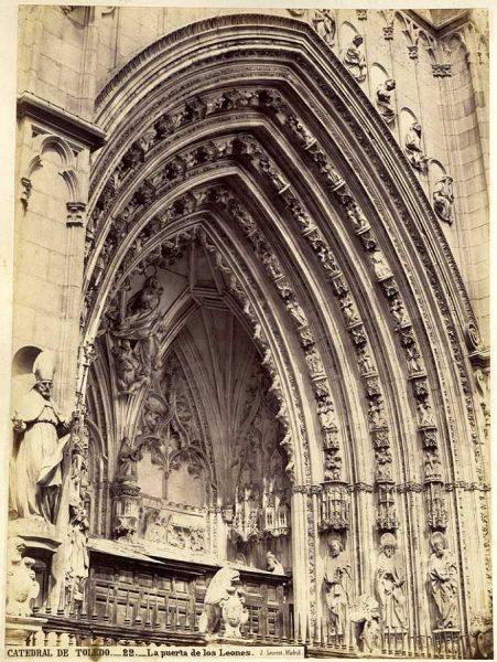 16-LAURENT - 0022 - Catedral de Toledo_La puerta de los Leones_2