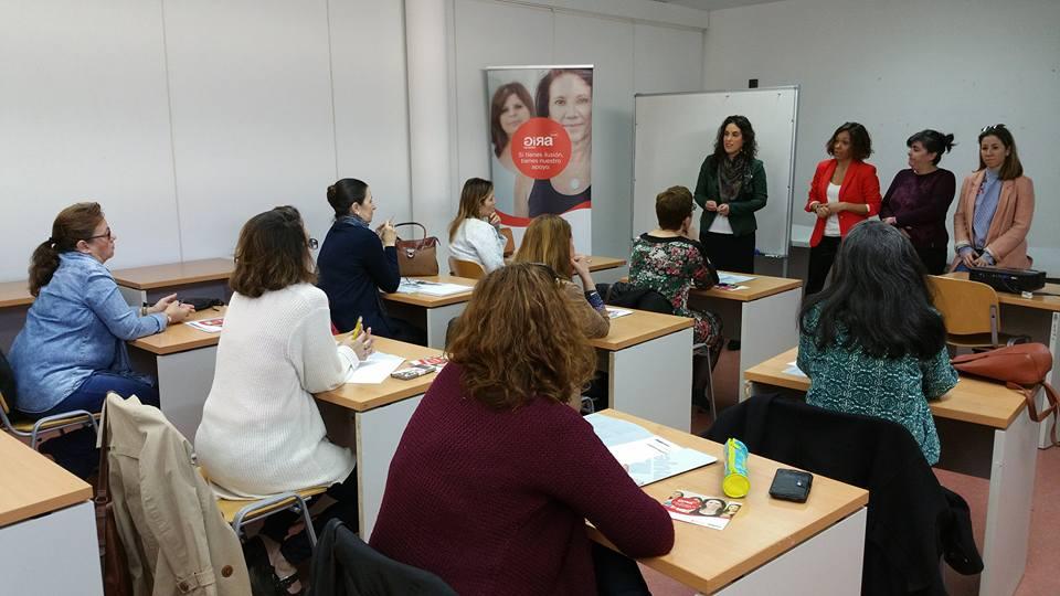 http://www.toledo.es/wp-content/uploads/2017/03/17424834_10154518669852183_589996374051883500_n.jpg. El Ayuntamiento participa en el proyecto de formación para mujeres emprendedoras 'Gira Mujeres: Encuentra tu ruta'