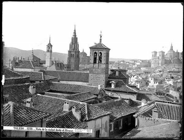 19-LAURENT - 1772 - Vista de la ciudad desde el Alcázar