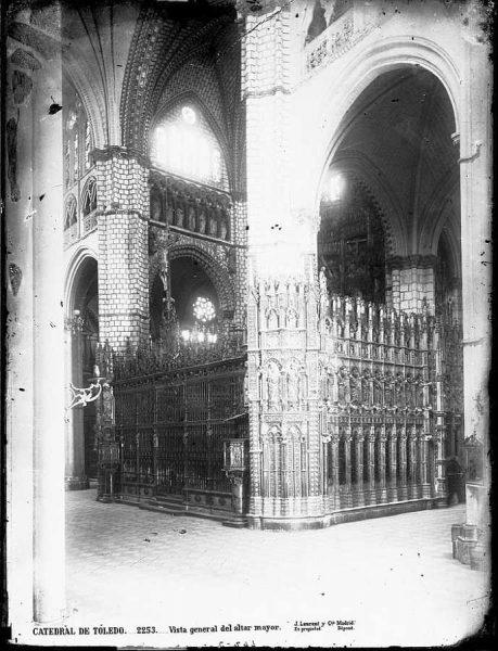 19-LAURENT - 2253 - Catedral de Toledo_Vista general del altar mayor