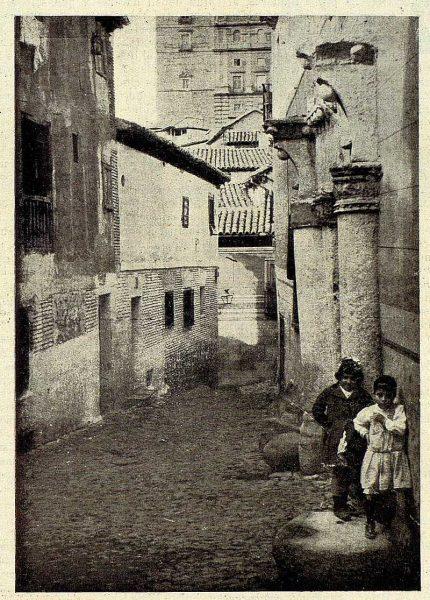19-TRA-1928-260 - Calle Recogidas
