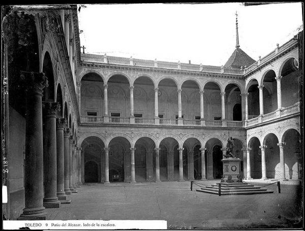 21-LAURENT - 0009 - Vista interior del Alcázar_2