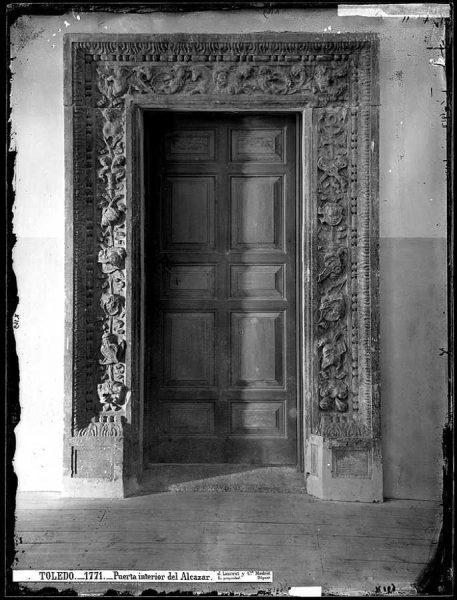 24-LAURENT - 1771 - Puerta interior del Alcázar
