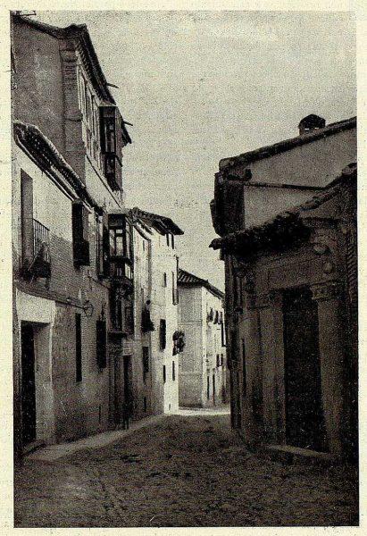 24-TRA-1928-254 - Calle de Santa Úrsula