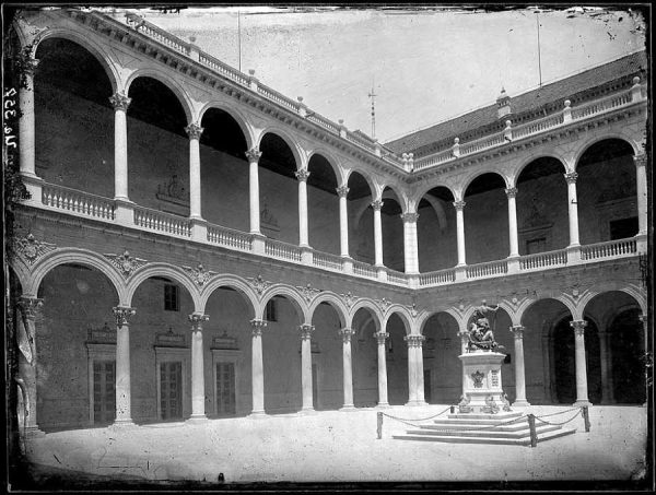 25-LAURENT - 0010 - Vista interior del Alcázar_2