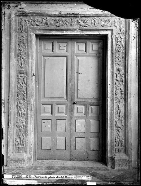 25-LAURENT - 1770 - Puerta de la galería alta del Alcázar