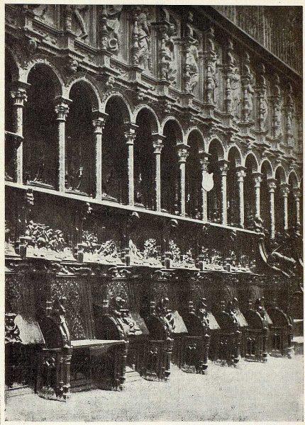 26-TRA-1927-249 - Catedral, sillería del Coro-02