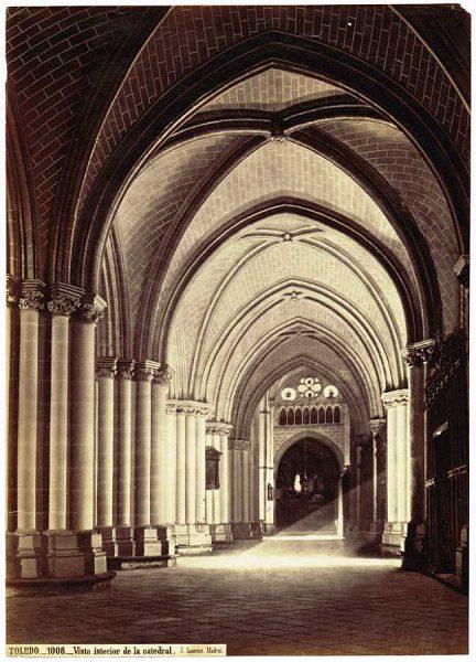 32-LAURENT - 1008 - Vista interior de la Catedral