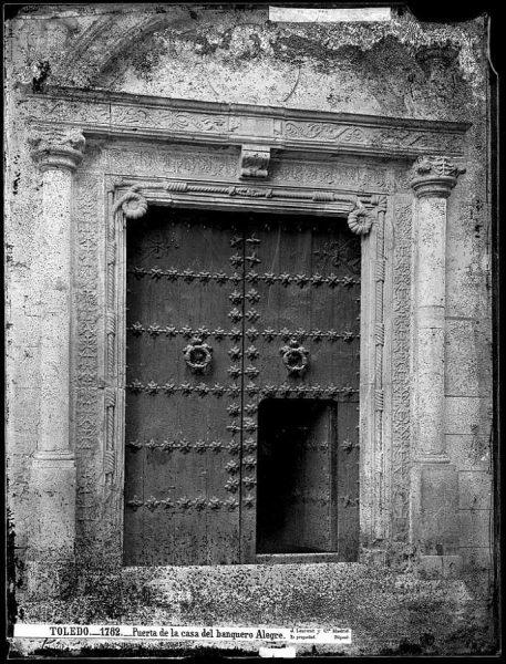 37-LAURENT - 1782 - Puerta de la casa del banquero Alegre [Calle de la Plata, 1]