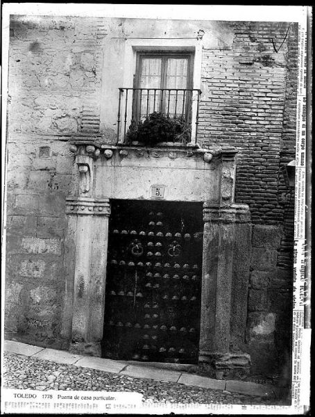 38-LAURENT - 1778 - Puerta de casa particular