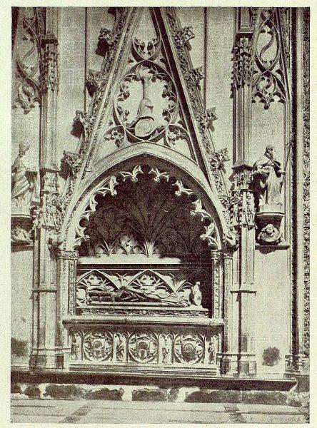 38-TRA-1929-266 - Catedral, capilla de Santiago