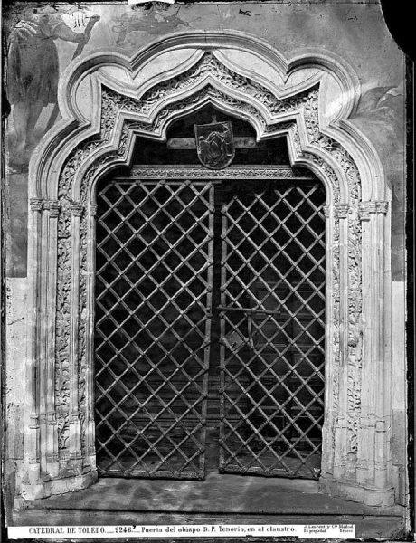 44-LAURENT - 2246 - Catedral de Toledo_Puerta del obispo Don Pedro Tenorio, en el claustro_1