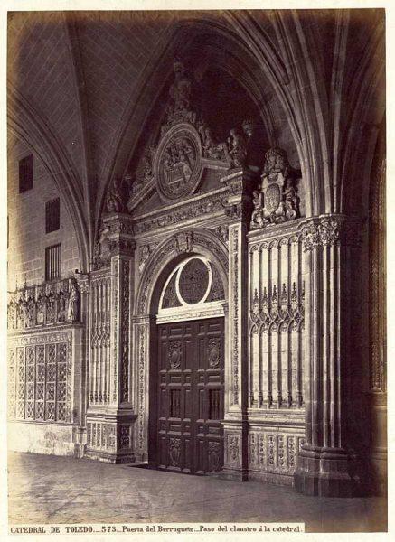46-LAURENT - 0573 - Catedral de Toledo_Puerta del Berruguete_Paso del claustro a la catedral