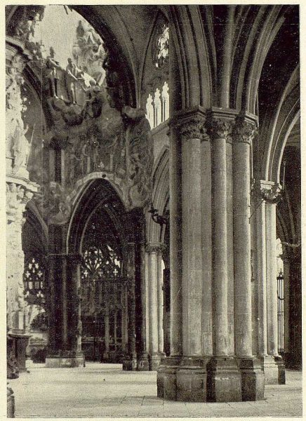 52-TRA-1929-274 - Catedral, el Transparente y la Girola